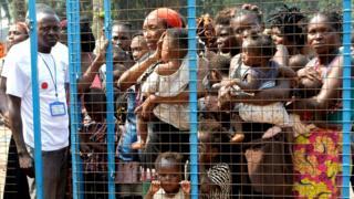 Bamwe mu bimukira bashinja polisi ya Angola gukora ibikorwa bihonyanga uburenganzira bwa muntu