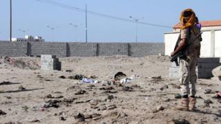 Інцидент стався неподалік військової бази, де солдати чекали отримання зарплатні