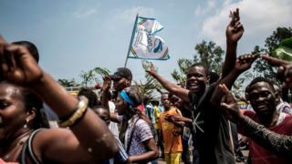 이번 선거는 투표 전부터 부정의혹에서 후보 지지자들 간 유혈 충돌까지 수많은 논란에 휩싸였다