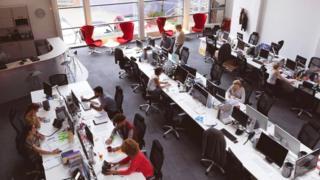 لأماكن العمل المفتوحة العديد من السلبيات