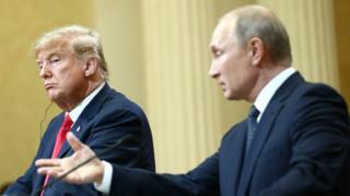 Трамп и Путин во время саммита в Хельсинки