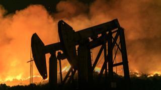 Пожар на нефтяном месторождении в Калифорнии 1 ноября 2019 года
