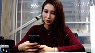 《香港网红开微博谈示威 感觉有何不同》