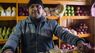 продавец фруктов Набиджан