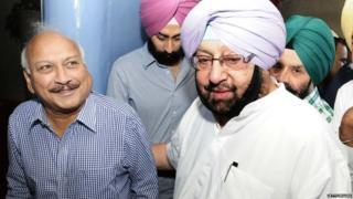 Punjab CM Capt. Amrinder Singh and Brahm Mohindra at Punjab Vidhan Sabha