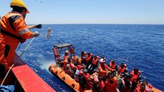 مهاجران غیر قانونی