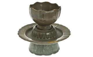 Lotus-shaped cup and stand of Korean celadon stoneware