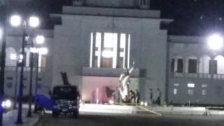 Демонтаж статуи Фемиды