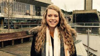 Anna Wyn: Llywydd newydd Undeb Myfyrwyr Cymraeg Aberystwyth