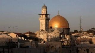 જેરૂસલેમ યહૂદી, મુસ્લિમ અને ખ્રિસ્તી સમુદાયનું પવિત્ર સ્થળ છે