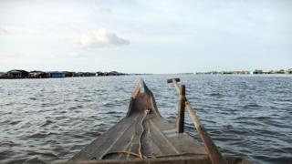 Tonle Sap rộng lớn mênh mông một vùng biển hồ