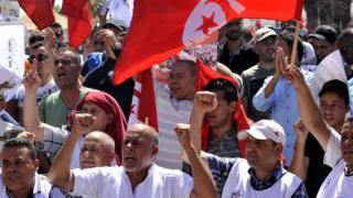 Members of Tunisian security forces unions protest near the parliament building in Tunis, Tunisia, 06 July 2017. According to reports, members of Tunisian security forces gathered in a protest demanding the adoption of law to protect security personnel against attacks they face while on duty.