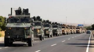 Pasukan Turki mempersiapkan penyerangan di Suriah bagian utara.
