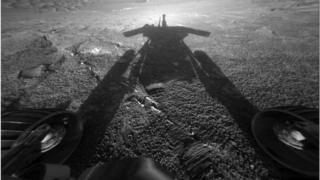 Rover shadow