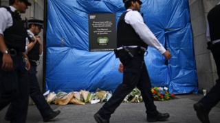 полицейские на месте теракта в лондоне