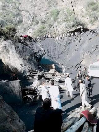 درہ آدم خیل میں کوئلے کی کان