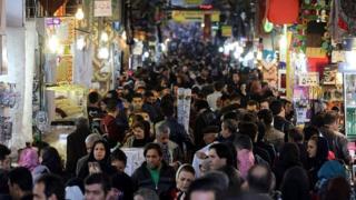 مرکز آمار ایران با انتشار نتایج طرح آمارگیری نیروی کار در تابستان ۱۳۹۵ از افزایش بیکاری در این کشور خبر داده است.