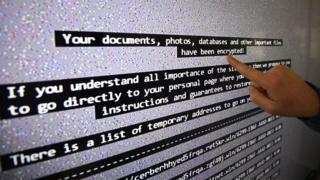 ウイルスに感染したコンピューターに表示されたメッセージ