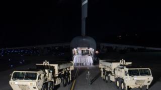 萨德导弹防御系统3月6日运抵韩国首尔乌山空军基地