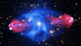 A galáxia Cygnus A;