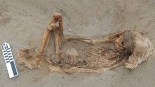 Скелет ребенка, принесенного в жертву
