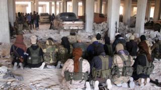 منيت فصائل المعارضة في شرق حلب بخسائر فادحة خلال الأسابيع القليلة الماضية