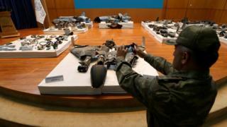 بقايا صواريخ استخدمت في الهجوم على أرامكو، بحسب السلطات السعودية