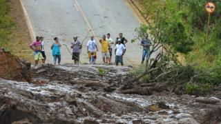 صدها نفر در برزیل پس از شکستن سد ناپدید شدند
