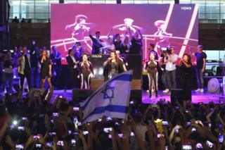 Natta Barzilai performs in Tel Aviv (2018)