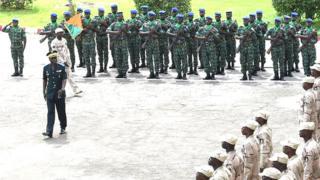 Ce contingent ivoirien va rejoindre la force de l'ONU à Tombouctou (nord).