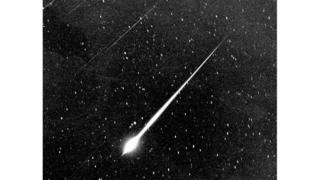 A black and white picture of a Leonid meteor during The Storm of 1966