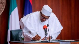 'Kotu ce ta ba shugaba Buhari umurnin dakatar da Onnoghen'