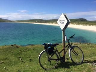 Cycle at passing place at Vatersay