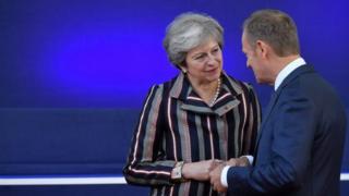Theresa May ve Donald Tusk
