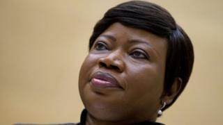 Fatou Bensouda ambaye ni kiongozi wa mashtaka wa mahakama hiyo ni raia wa Gambia