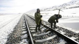 चीन ने तिब्बत में व्यापक रेल लिंक बनाए हैं