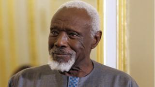 Ousmane Sow, le célèbre sculpteur sénégalais, est décédé ce jeudi à l'âge de 81 ans à Dakar .