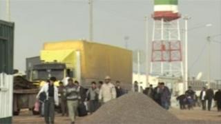تحریمهای ایران؛ ' نباید با مهاجرین برخورد سیاسی کرد'