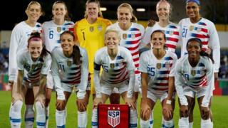 Equipo femenino de fútbol de Estados Unidos.