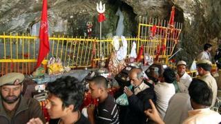 अमरनाथ गुफा (फ़ाइल फोटो)