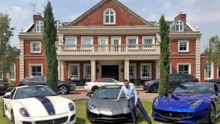 Glenn Tamplin with his cars