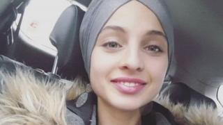 المغنية الفرنسية السورية