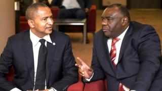 Jean-Pierre Bemba (iburyo) na Moïse Katumbi (ibumoso) bangiwe kwiyamamaza mu matora ya perezida yimirije