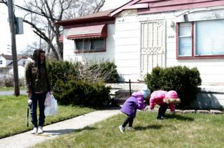 Akiva with children