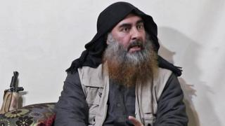 Abu Bakr al Baghdadi en un video