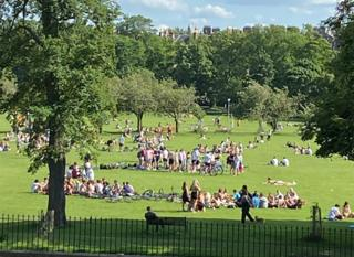 Crowds on Edinburgh Meadows