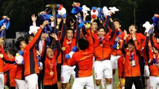 Hai năm nhiều thành tích vừa qua liệu có mở đầu cho những năm dài vinh quang của bóng đá Việt Nam?