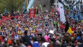 Corredores de la maratón de Londres en 2016