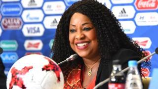 Selon le magazine américain, Mme Samoura est de fait le numéro 2 du football mondial, derrière le président de la Fifa, Gianni Infantino.