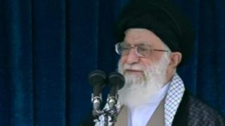 هشدار آیتالله خامنهای درباره توطئه دشمن خارجی و اسراف داخلی